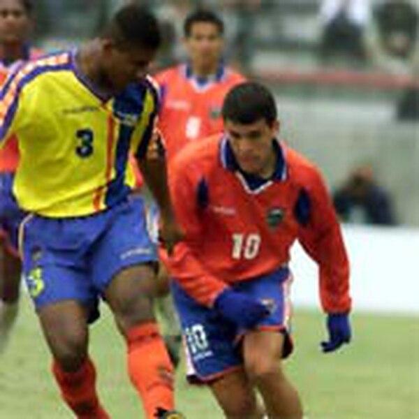 Warren Granados jugó el Mundial Juvenil de Argentina 2001, donde fue una de las figuras de Costa Rica. Fotografía: Archivo GN