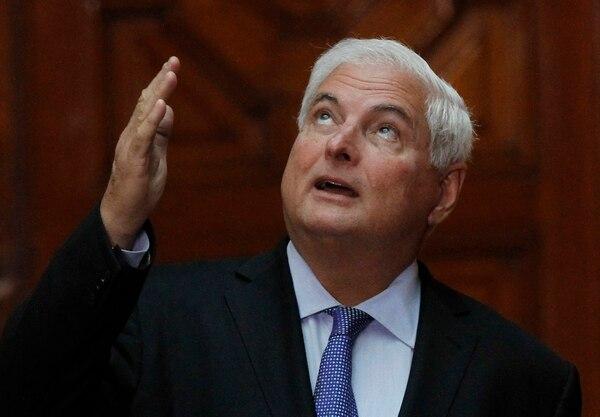 El expresidente de Panamá, Ricardo Martinelli fue aprehendido dentro de su casa en Coral Gables, Florida.