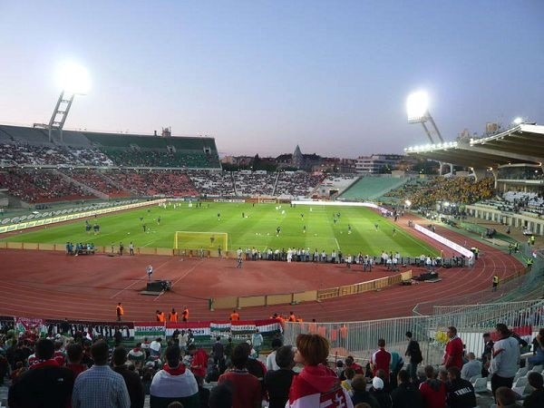 Este es el estadio Ferenc Puskás, sede el Ferencváros turco, donde hubo manifestaciones antisemitas.