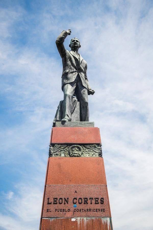 El financiamiento para el Monumento lo dio el pueblo costarricense. Foto Jeffrey Zamora.