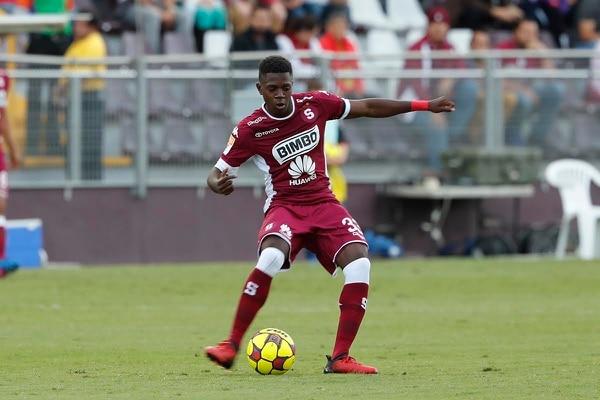 Jaylon Hadden demostró mucha seguridad y confianza a pesar de sus 18 años en su debut con el Saprissa ante el Herediano el domingo.