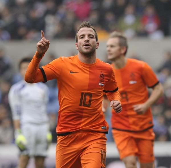Rafael Van der Vaart anotó el primer gol de Holanda ante Japón.