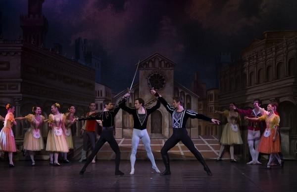 El enfrentamiento entre dos familias italianas cocinan la disputa en 'Romeo y Julieta'. Foto: Interamericana de Producciones