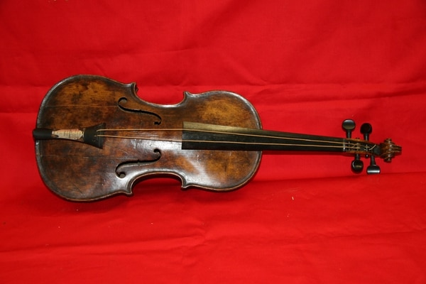 Se cree que el violín perteneció al director de orquesta Wallace Hartley.