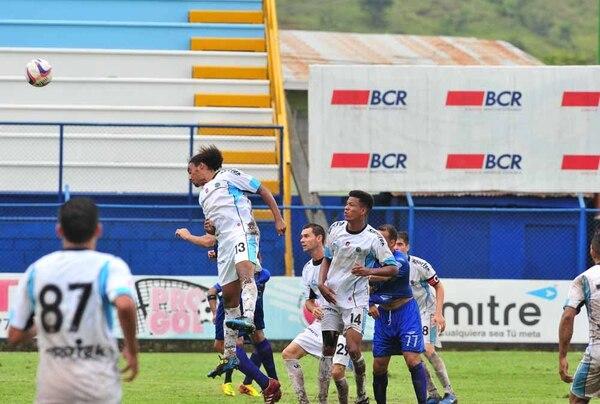 Académicos sacaraon valioso empate en el Estadio Municipal de Pérez Zeledón.