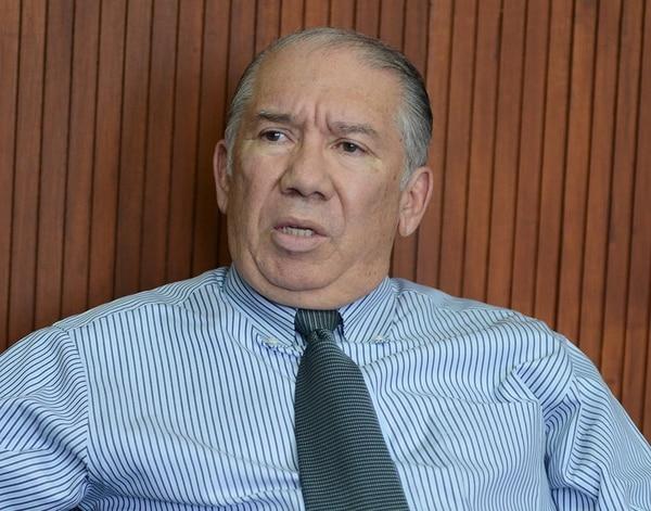 Luis Guillermo Rivas.