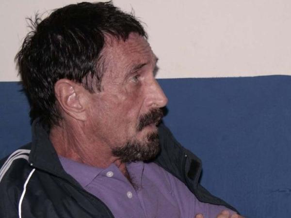 McAfee ingresó ilegalmente a Guatemala e intenta ahora normalizar su situación para evitar ser enviado de vuelta a Belice. | AFP