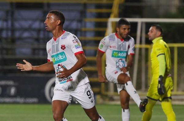 Con Marcel Hernández y Johan Venegas, la Liga compró goles. Fotografía: John Durán