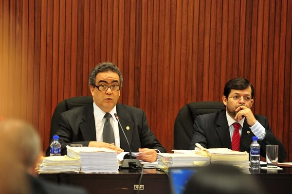 Los magistrados José Manuel Arroyo (izq.) y Carlos Chinchilla integran la Sala Tercera.   CARLOS CHINCHILLA