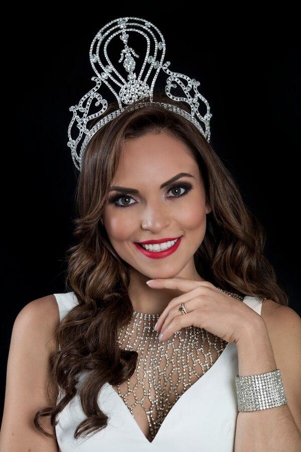 Jennifer Miranda es la actual Señora Costa Rica. Fotografía: Arnoldo Robert.