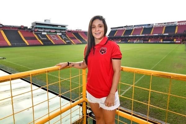 Priscilla Chinchilla marcha como la máxima anotadora del campeonato con 32 goles. Fotografía: Jorge Castillo