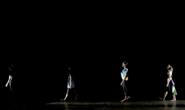 'El largo ahora' se estrenó en julio. La producción unió a Danza Universitaria con el grupo Teatro Abya Yala. Foto: Archivo/ John Durán.