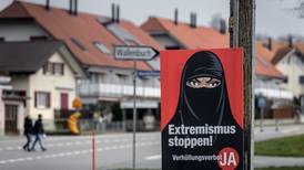 Suiza prohíbe ocultar el rostro en público