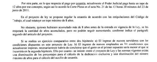 Entre los argumentos, Molinari explica que la reforma fiscal propone el pago de cesantía por un máximo de 8 años y, actualmente, el Poder Judicial reconoce ese rubro hasta por 12 años. Página 5 del acta.