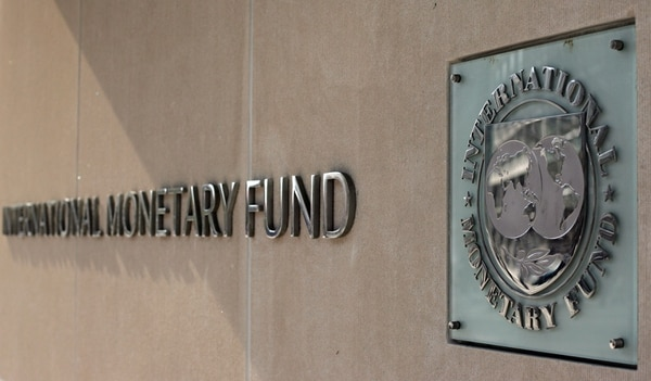 El FMI también pronostica un crecimiento menor para el 2015.