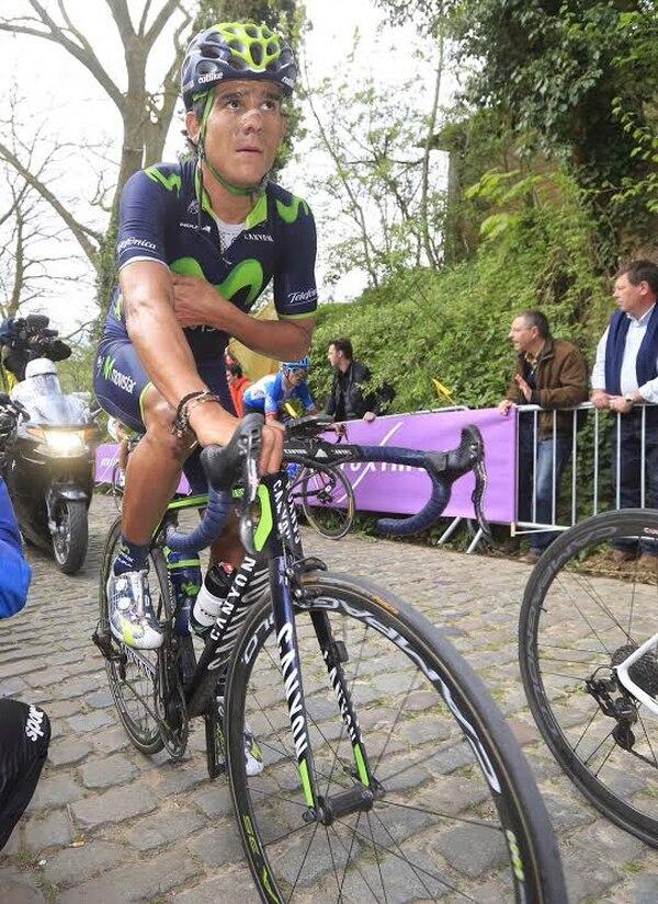 Andrey Amador muestra el cansancio que significó el Tour de Flandes, disputado el domingo.