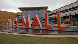 Ventas por Internet obligan a 'malls' a replantear su negocio