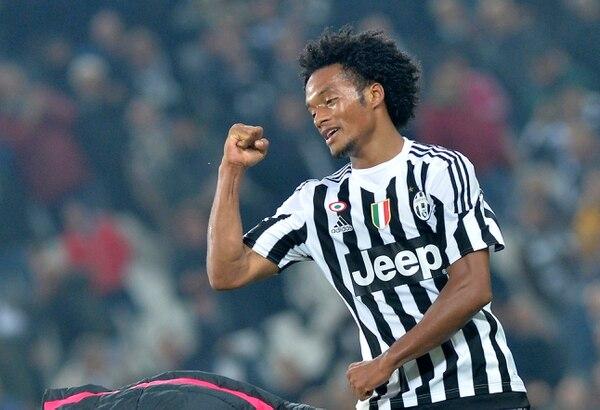 Una anotación de Juan Cuadrado en el minuto 90+3 dio la victoria a la Juventus ante el Torino (2-1).