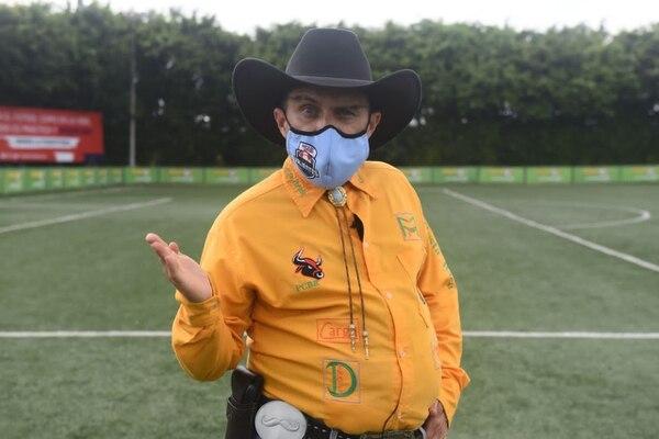 El humorista Roque Ramírez participó en la actividad entreteniendo a los aistentes. Foto: Monge para LN