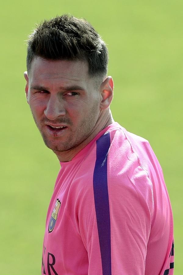 Así luce Lionel Messi con su nuevo corte de pelo.