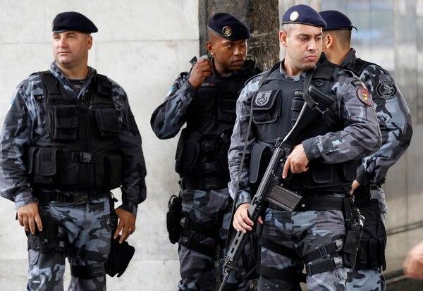 Entre los refuerzos destavan 620 agentes de la Fuerza Nacional, así como de la Policía de Carreteras.