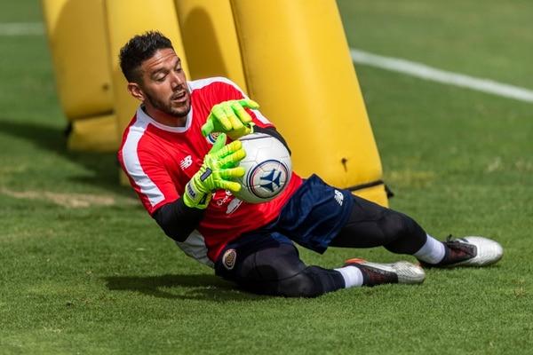 Leonel Moreira en una práctica de la Selección Nacional. Fotografía: José Cordero