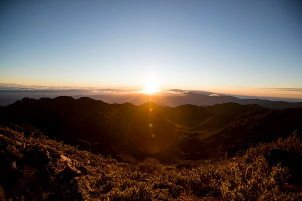 Vista al amanecer desde el Parque Nacional Chirripó. Foto Alonso Tenorio