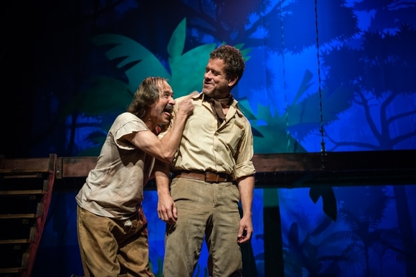Carlos Alvarado (Herminio) y Antonio Rojas (Sibajita) protagonizaron el montaje de 'Mamita Yunai'. Foto: Cortesía Teatro Espressivo.