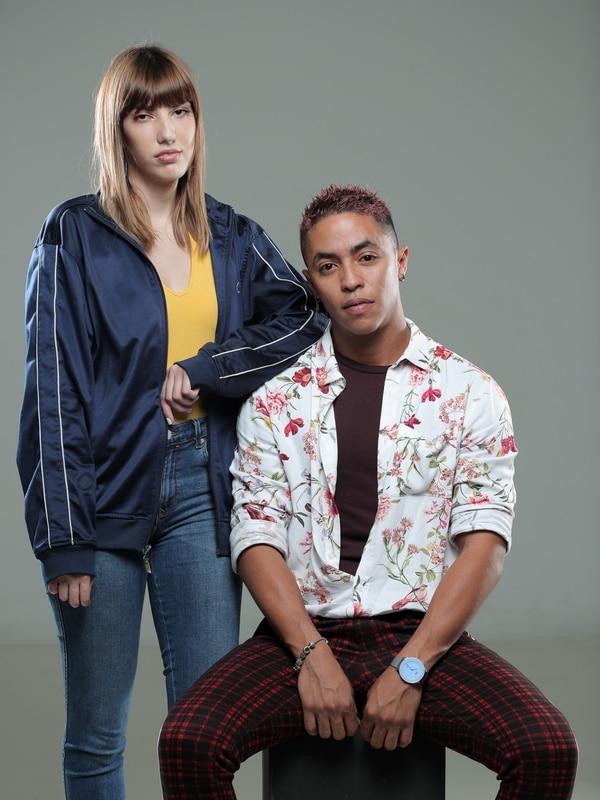 Priscilla Jiménez y Therry Cuarezma, son los diseñadores de Psychoactive. Fotografía: Jeffrey Zamora.