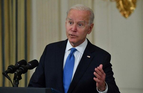 """""""Todos los países del mundo nos miran para que cubramos su falta de capacidad para producir y obtener vacunas contra el coronavirus"""", dijo Biden."""