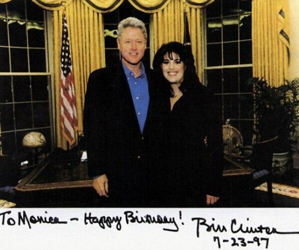Tarjeta de felicitación enviada por Clinton a Lewinsky el 23 de julio de 1997. Foto: Archivo