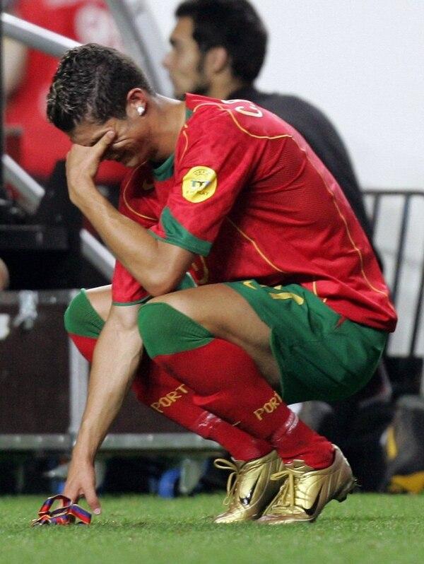 La prensa de Suecia recordó a Cristiano Ronaldo llorando en el 2004, cuando Portugal perdió la Eurocopa.