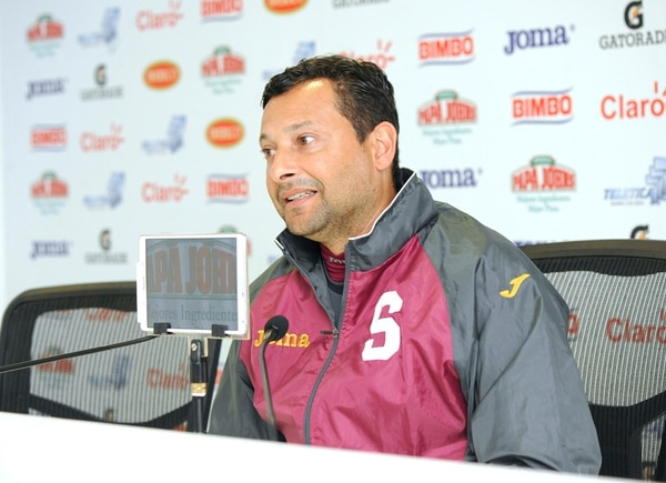 Jeaustin Campos, entrenador de Saprissa, se mostró confiado a dos días de enfrentar al Sporting Kansas City por la Concachampions . | EYLEEN VARGAS