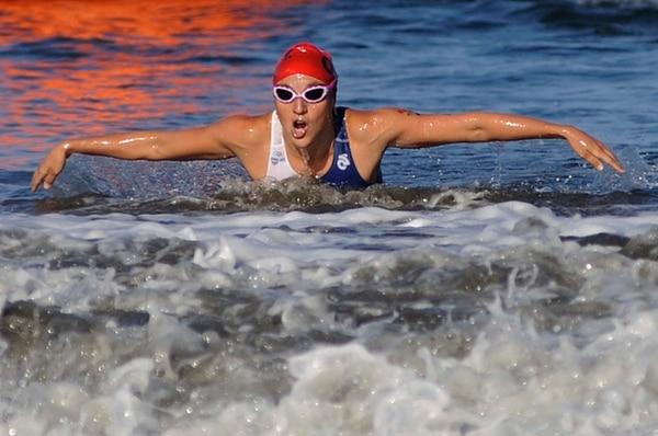 El triatlón en Veracruz 2014 fue moficado por el fuerte oleaje, de esta forma Alia Cardinale solo participará en pedestre y ciclismo.
