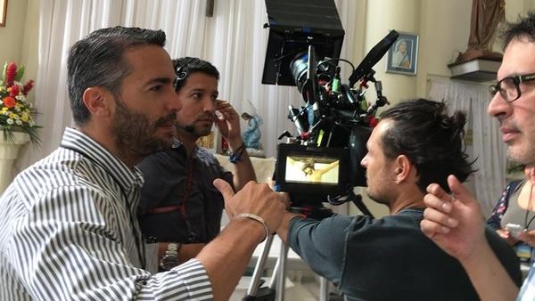 Luis Blanco, (personifica al abuelo de Marcos Ramírez), Ignacio Sánchez, Julián Guzmán, Cristian Herrera, Javier Quirós (sí, de Grupo Toyota) y Gloriana Sanabria (de productora de la 1/2 Docena a actriz).