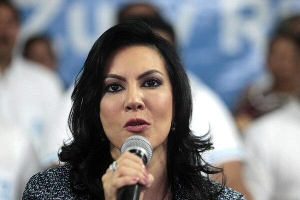 Zury Ríos Sosa ve frustrada su aspiración presidencial.
