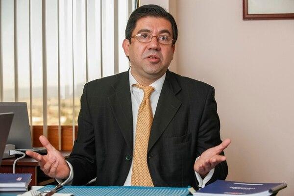 Édgar Gutiérrez, gerente de Administración y Finanzas de Recope