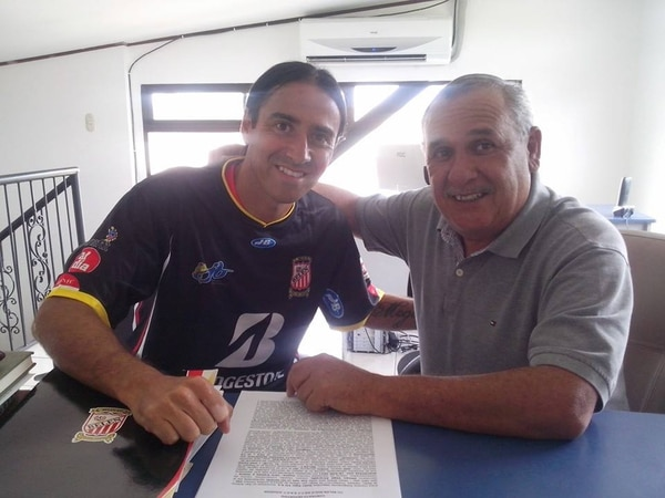 El volante José Carlos Cancela jugará los torneos de Invierno 2014 y Verano 2015 con Belén FC.