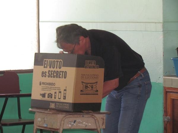4/2/18 Votacion de Franklin Chang en Liberia. Foto Rebeca Alvarez
