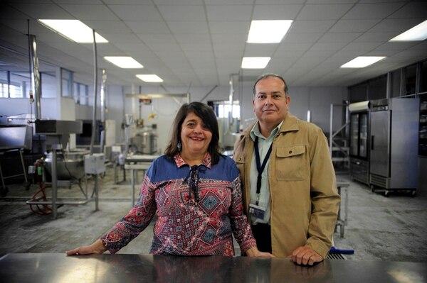 Patricia Arguedas y Johnny Poveda son los coordinadores del proyecto.
