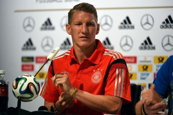 El centrocampista alemán Bastian Schweinsteiger sopesó más lo colectivo que lo individual en la conferencia de prensa alemana. | AFP