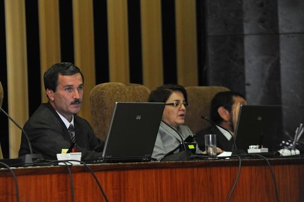 Óscar González Camacho está nombrado como magistrado de la Sala Primera hasta el 2018 pues fue reelegido en el 2010. | ARCHIVO