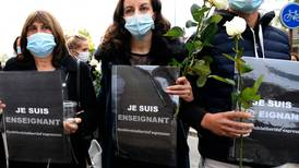 Nueve detenidos en Francia por la decapitación de profesor que mostró caricaturas de Mahoma