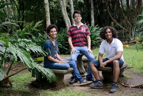 De izquierda a derecha: Daniel Granados Campos, Víctor Yeom Song y Thomaz Prieto de Lima fueron los tres ganadores.   ODI PARA LN