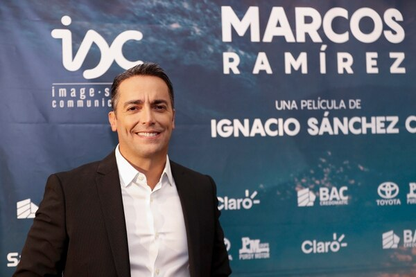 Hace casi un año, el curtido periodista y reconocido productor audiovisual, Ignacio Sánchez Cantillano, cumplió su sueño fílmico, ese que acariciaba desde que era adolescente, y estrenó en el país, por todo lo alto, la película 'Buscando a Marcos Ramírez'. El 15 de octubre, el filme llegó a Netflix y rápidamente se convirtió en una de las producciones más populares en la plataforma de 'streaming'. Todo un hit para Ignacio y todos los involucrados.s. Fotografía José Cordero