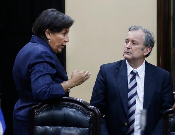 En el pasado, la jefa del PAC, Emilia Molina, afirmó que Ottón Solís, fundador de la agrupación, no puede imponer su visión ética a todos los partidarios. | ARCHIVO/ CARLOS BORBÓN.