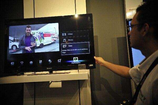 El IPTV permite una mayor interactividad a los usuarios.   ARCHIVO.