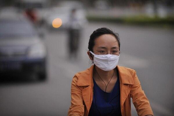 En China, una de las principales fuente de contaminación del aire es la combustión de carbón. ( Foto ilustrativa ) | ARCHIVO