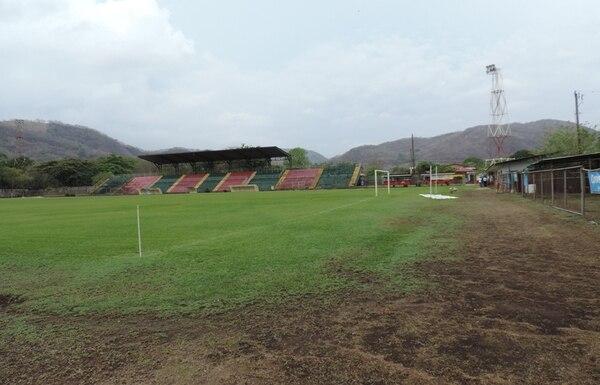 El Estadio Chorotega fue construido durante la década de los años setenta, pero el terreno fue adquirido por la Municipalidad de Nicoya en 1956, según determinaron los jueces. | CINTHYA BRAN