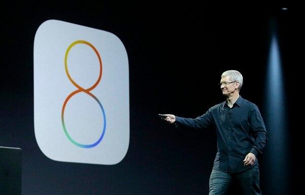 Tim Cook, presidente ejecutivo de Apple, esta mañana en San Francisco en el anuncio del iOS 8